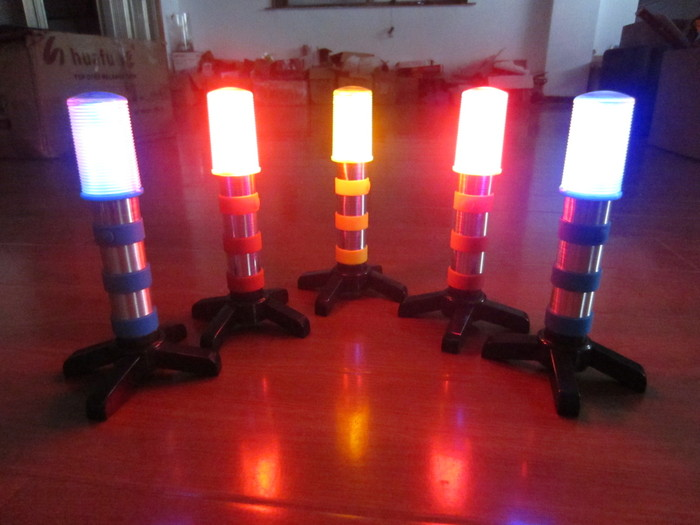 LED Roadside Flares